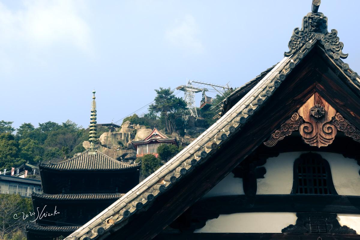 丁寧寺本堂と三重塔